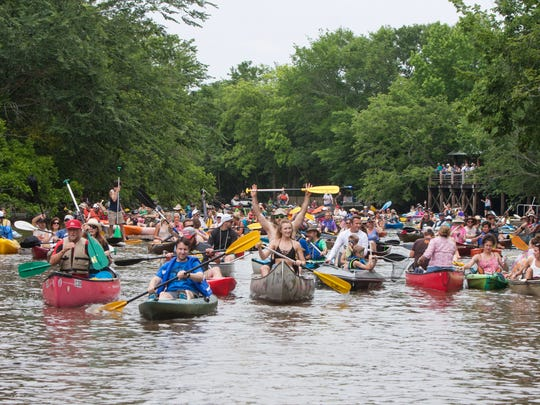 Because of the popularity of the boat parade, organizers have added a morning paddle to the day's events.