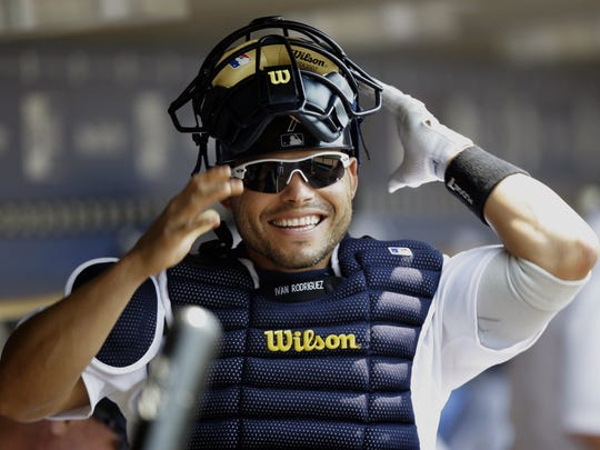 Detroit Tigers catcher Ivan Rodriguez gets ready to
