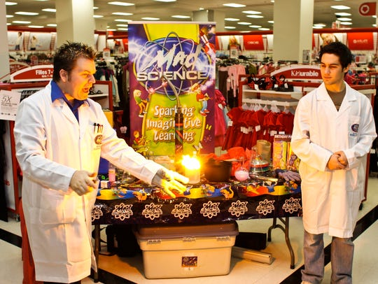 The Mad Science shows at Westfield Garden State Plaza