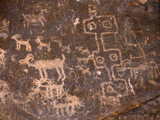 Best Hikes Valley - Hieroglyphic Trail