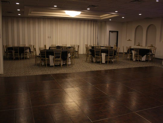 Riverdale Banquet Hall is available for weddings.