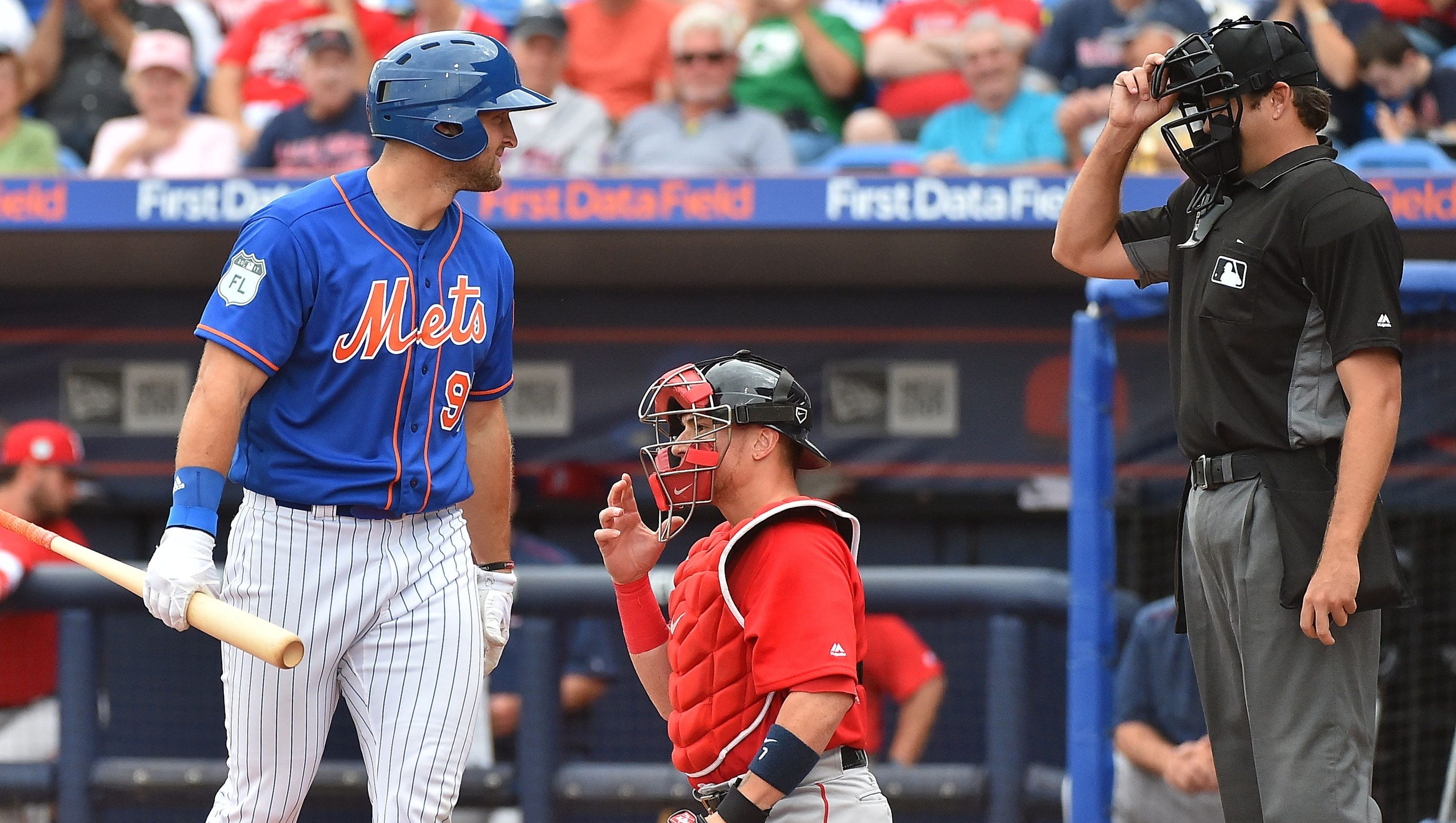 Tim tebow goes hitless in three at bats in debut with new for Soggiorni estivi tim 2017