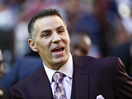 Could Kurt Warner be on the Monday Night Football broadcast team for ESPN?
