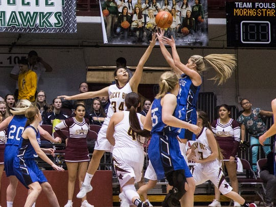 Townsend's Tavia Rooney shoots in the State B tournament a year ago where the Bulldogs took third.