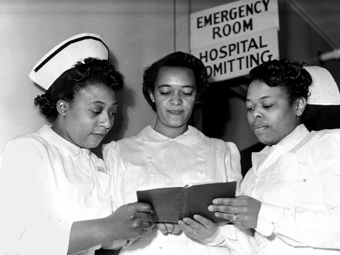 Nurses Oak Ridge Hospital 1940s