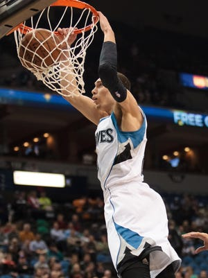 Zach LaVine is the favorite at the dunk contest.