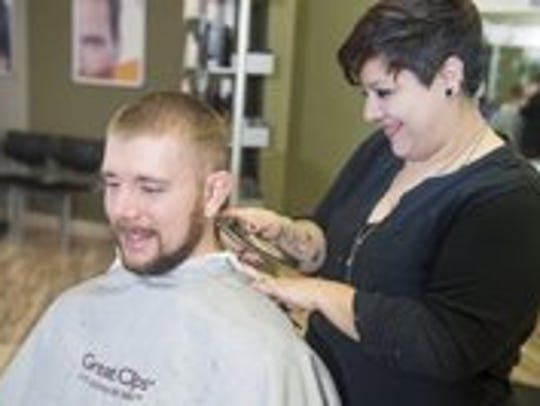 At Great Clips, veterans and active duty can get a