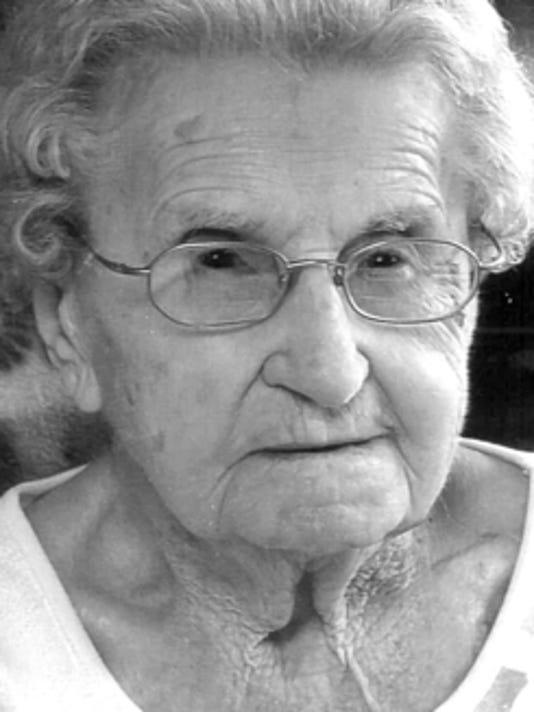Birthdays: Linda Bezug