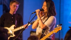 Singer-songwriter Mitski turns in a compelling performance