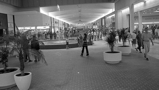 Lansing Mall opening day, July 30, 1969.