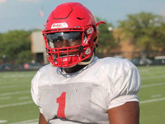 Fairfield defensive lineman Malik Vann has committed