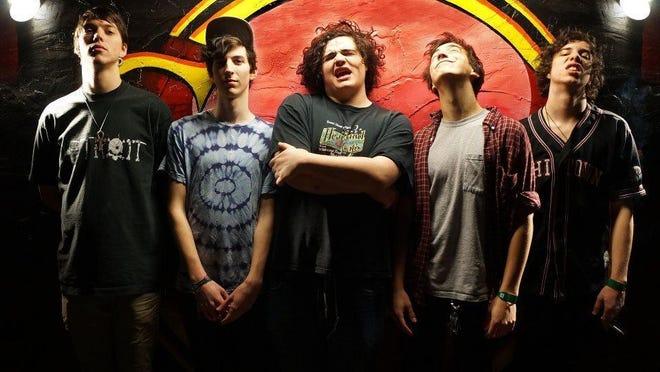 Chicago-based garage rock band Twin Peaks