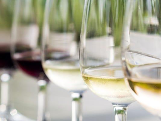 635985642682457314-wine.jpg
