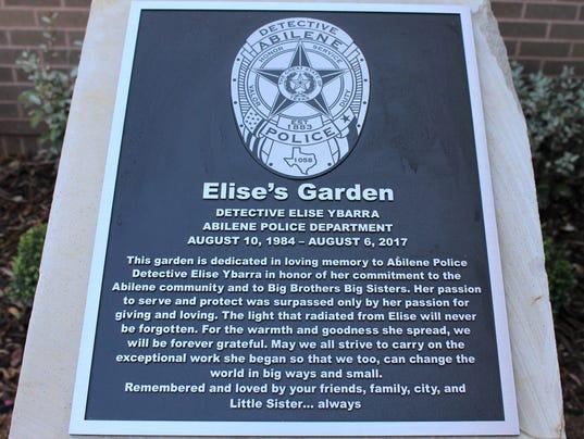 garden---plaque.jpg