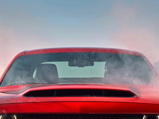 The functional hood scoop on the 2018 Dodge Challenger