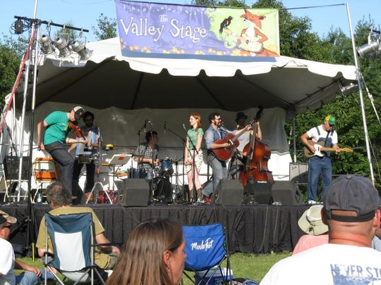 The Defibulators played last year's Valley Stage Music