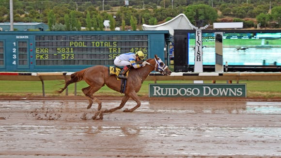 Bella Anatola wins the First Lady Handicap at Ruidoso Downs Racetrack and Casino.