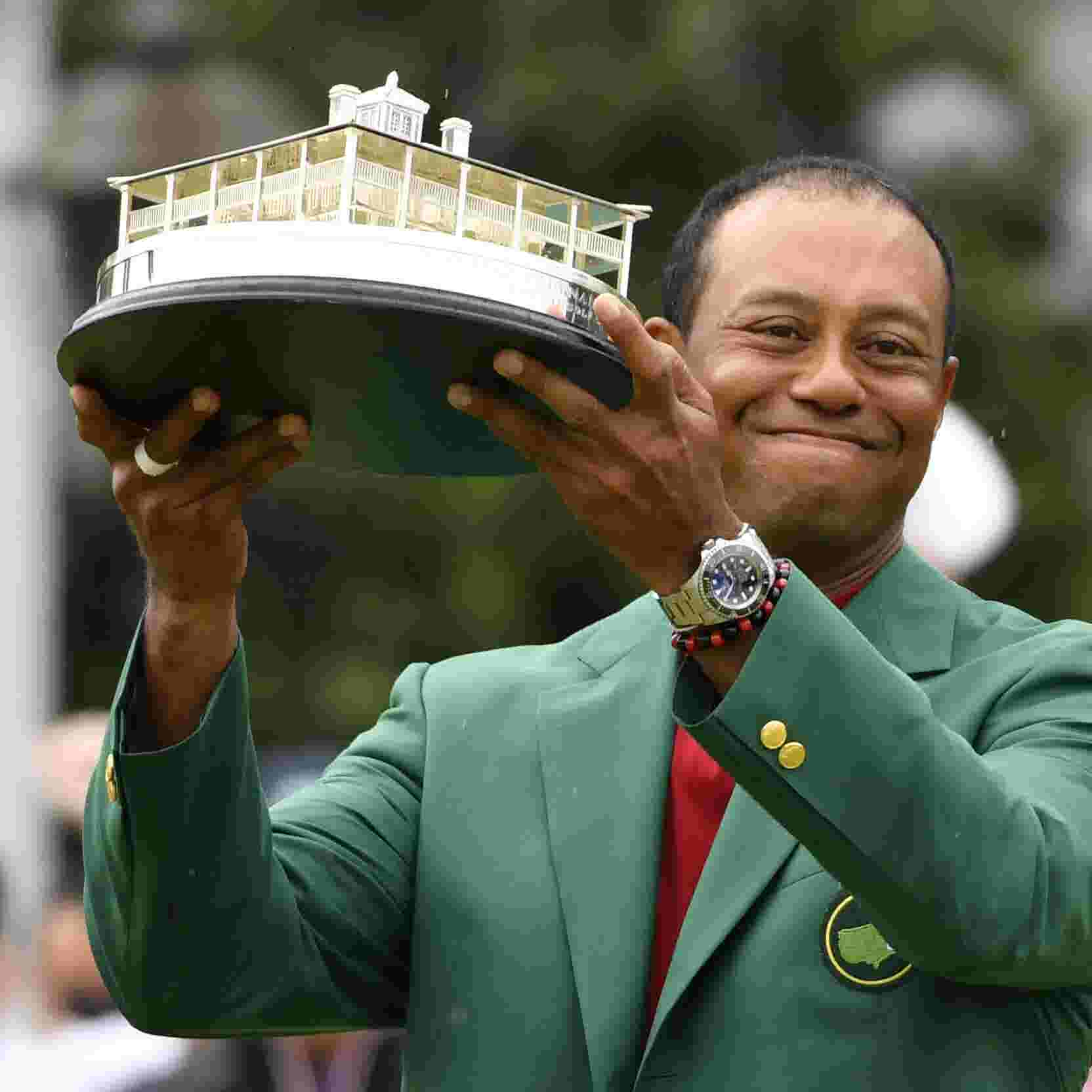 Amanda Redington tiger woods wins the masters, while cbs masters hyperbole