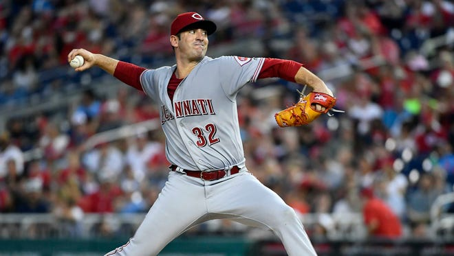 Cincinnati Reds starting pitcher Matt Harvey (32) throws to the Washington Nationals during the fourth inning at Nationals Park.
