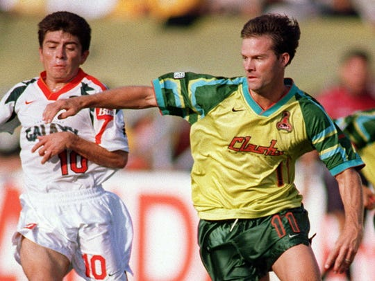 Eric Wynalda sports the San Jose Clash's uniforms of
