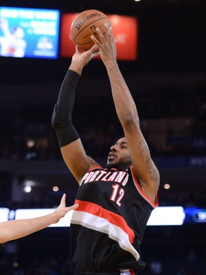 LaMarcus Aldridge had 30 points and 21 rebounds for his sixth double-double of the season.