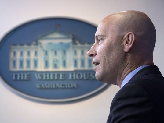 EPA USA WHITE HOUSE SANDERS POL GOVERNMENT USA DC