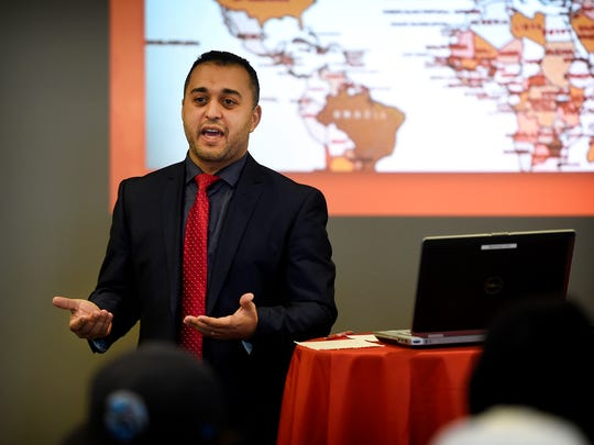 "The former leader of the Lebanon mosque, Mohamed Omar, returned to Lebanon Valley College on Dec. 3 to share stories of his time in Lebanon with the presentation ""Everyday Stories of an American Muslim."""