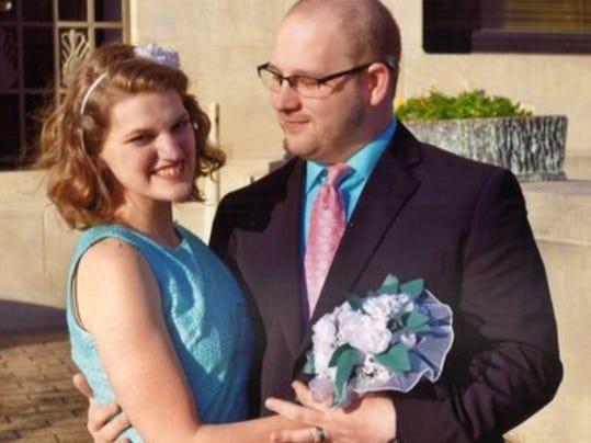 Engagements: Lauren Rence Todd & Nathan Douglas Green