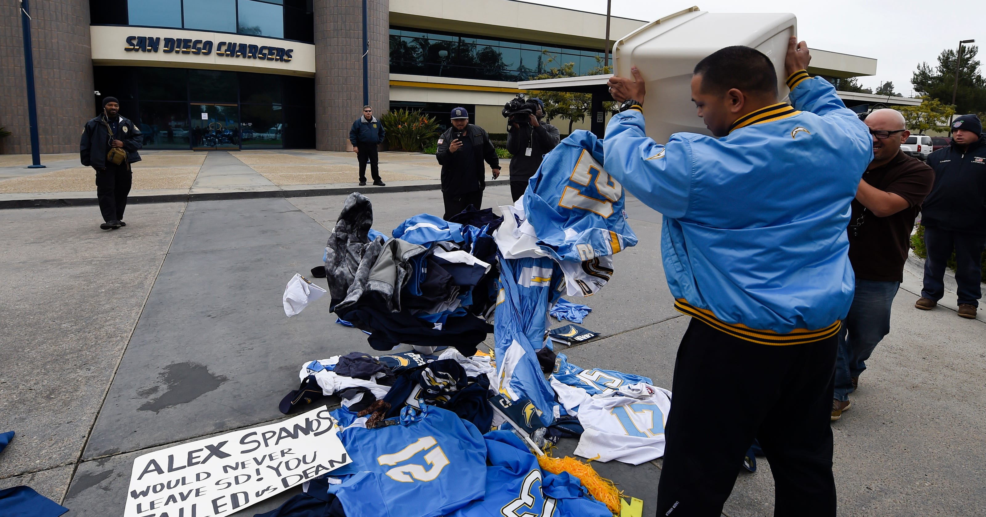 68d949887 San Diego Chargers are no more after leaving for Los Angeles
