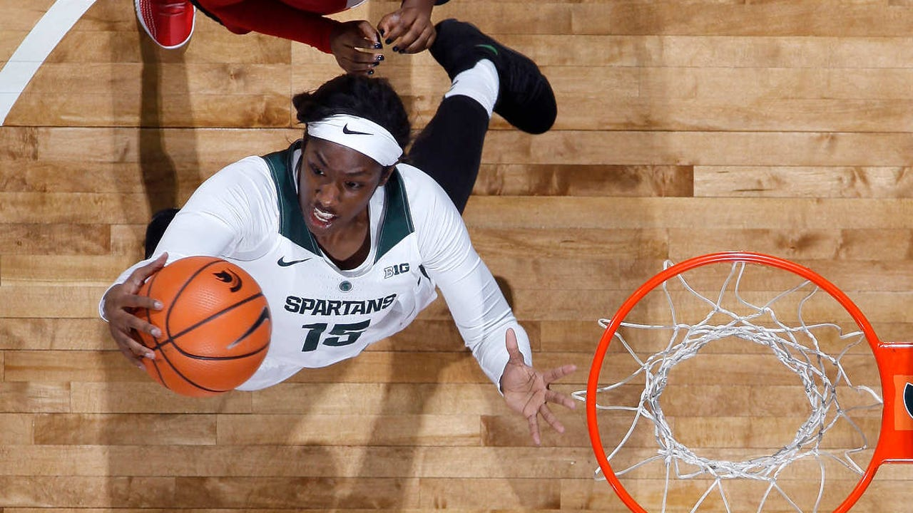 MSU's Taryn McCutcheon and Victoria 'Coco' Gaines look ahead to the WNIT following practice on March 13, 2018. Brian Calloway   LSJ