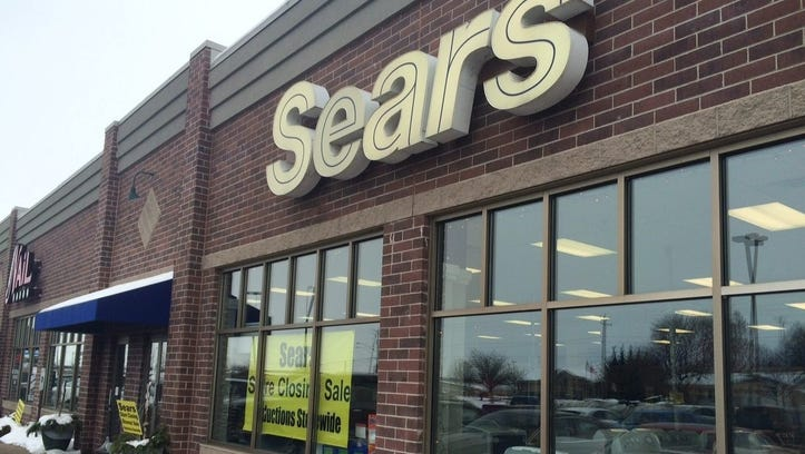 Sears continues to struggle as the retailer is facing