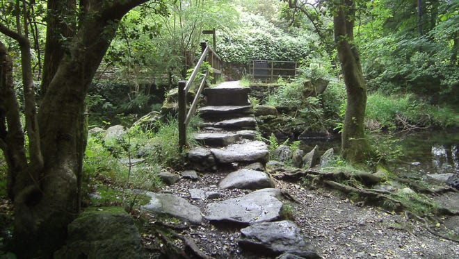 Any of several walking paths that spoke out from Grasmere's city center.