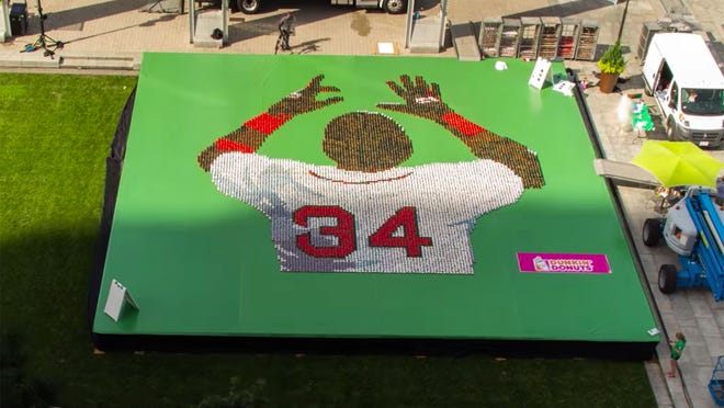 Dunkin' Donuts paid tribute to David Ortiz with a giant portrait made of doughnuts.