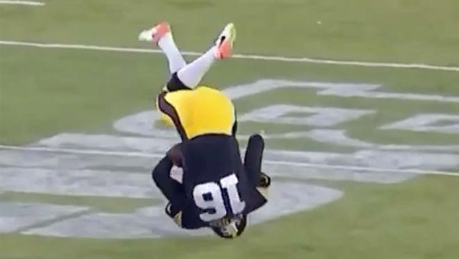 Iowa's punter didn't do so well on this play.