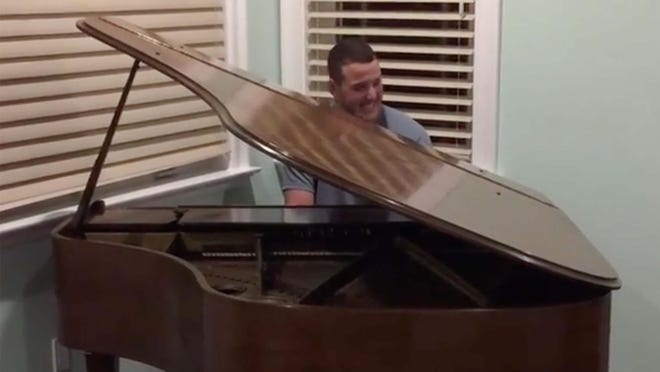 Anthony Rizzo has musical talent.