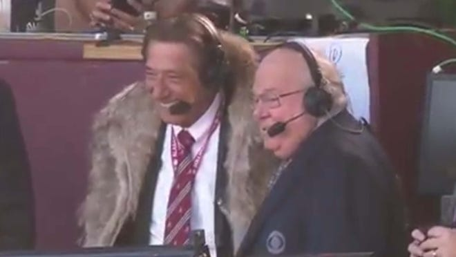 Joe Namath and Verne Lundquist had a great time together in the CBS booth.