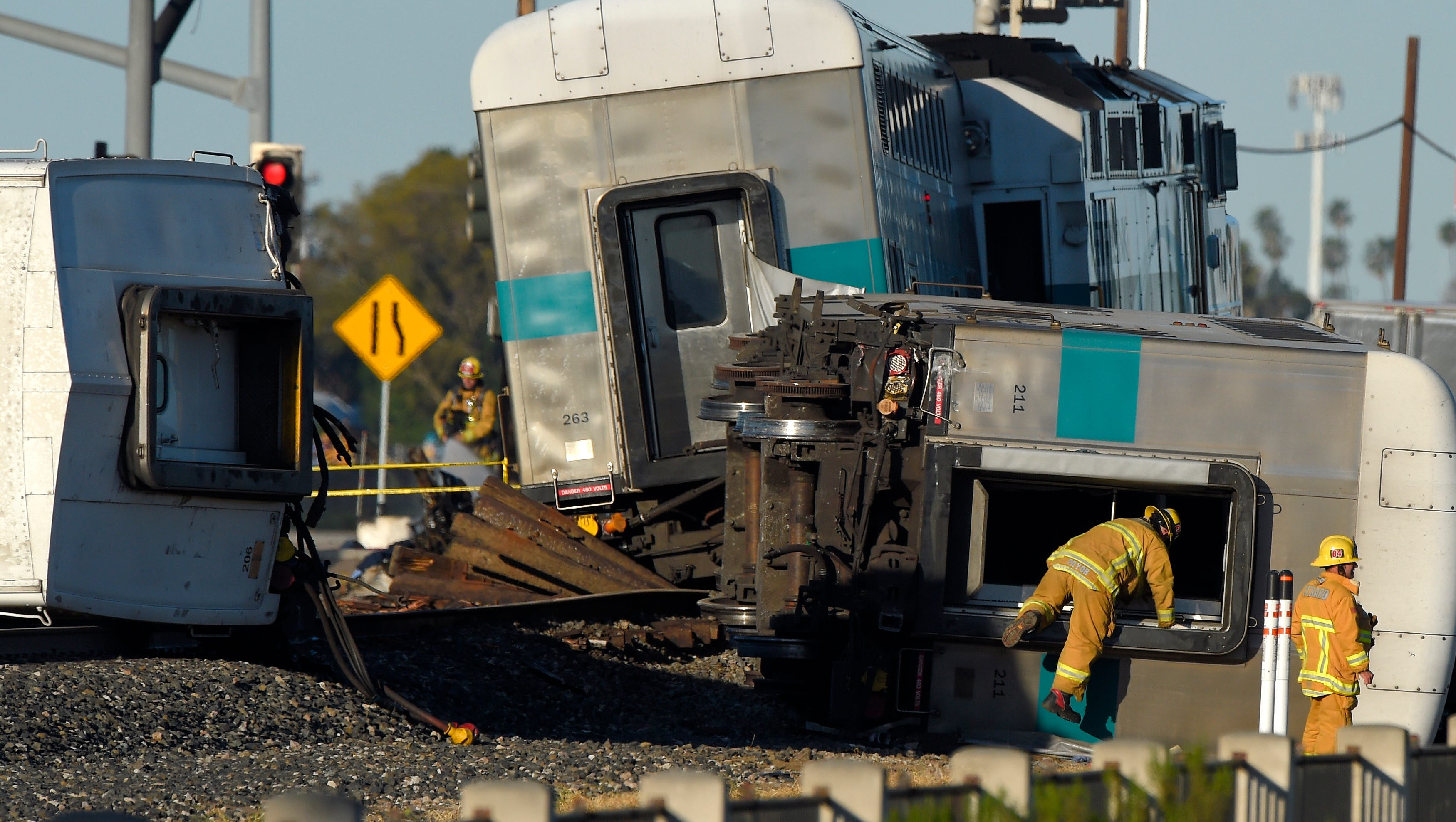 Motorist Questioned In California Train Crash That Hurts 28