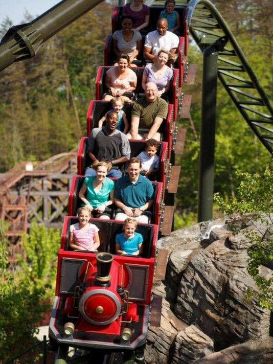 Nashville theme park deals: Six Flags, Dollywood among Ms