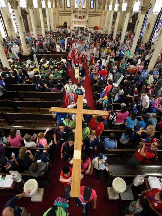 a Cross Pilgrimage-wb 11576.JPG_20140412.jpg