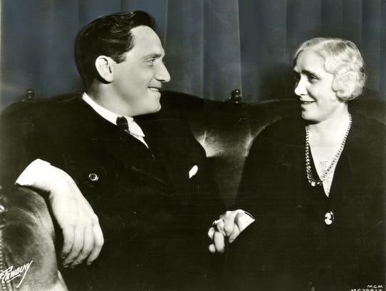 Actior Spencer Tracy relaxes with his mother, Caroline