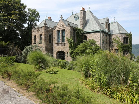 Yonkers Castle Real Estate 01