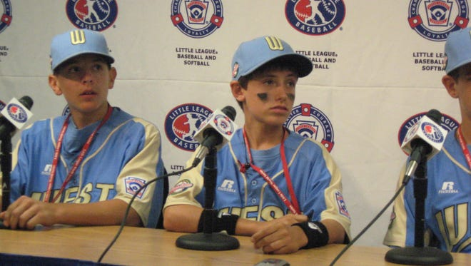 Cody Bellinger (center) played in the 2007 Little League World Series.