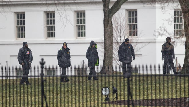 Secret Service members at the White House in January 2015.