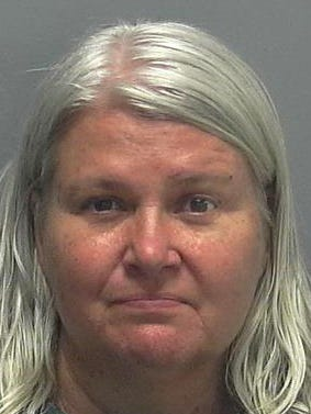 Lois Riess' arrest mugshot in Lee County, Fla.