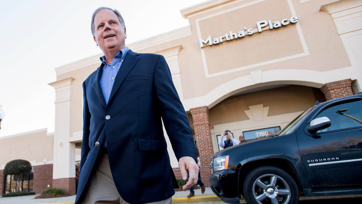 Election eve campaigning by Doug Jones