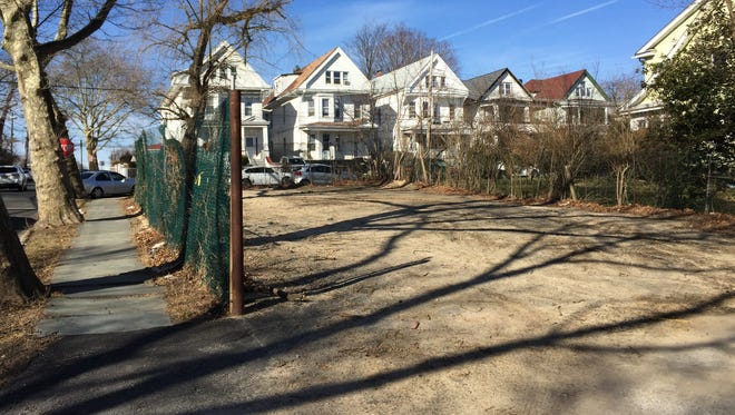 An empty city-owned lot at 359 S. 10th Ave. in Mount Vernon on March 3, 2016.