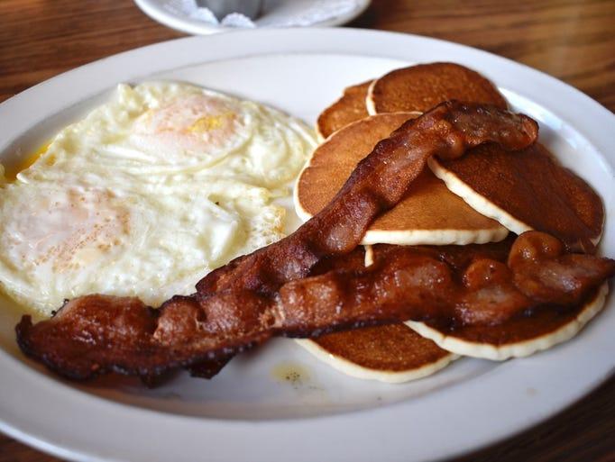Silver dollar pancake breakfast at Lulu's in Redding.
