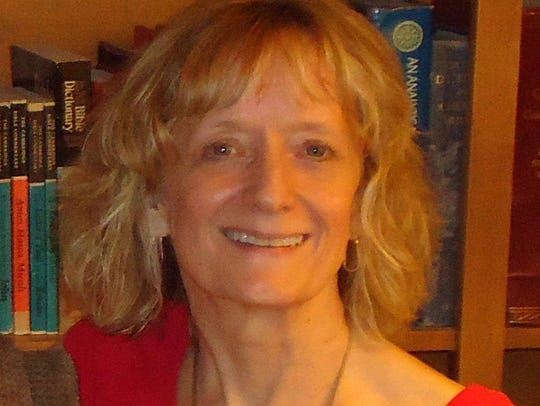 Barbara Sanders, LCSW, is a psychotherapist in Nashville.