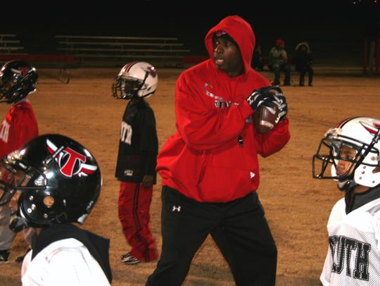 Hall of Famer and North Fort Myers High School alum Deion Sanders will return to Fort Myers on May 4-5 to host the Prime Underclassmen Camp at Bishop Verot High.