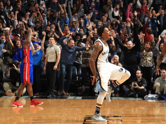 Grizzlies guard Mario Chalmers celebrates his game-winning